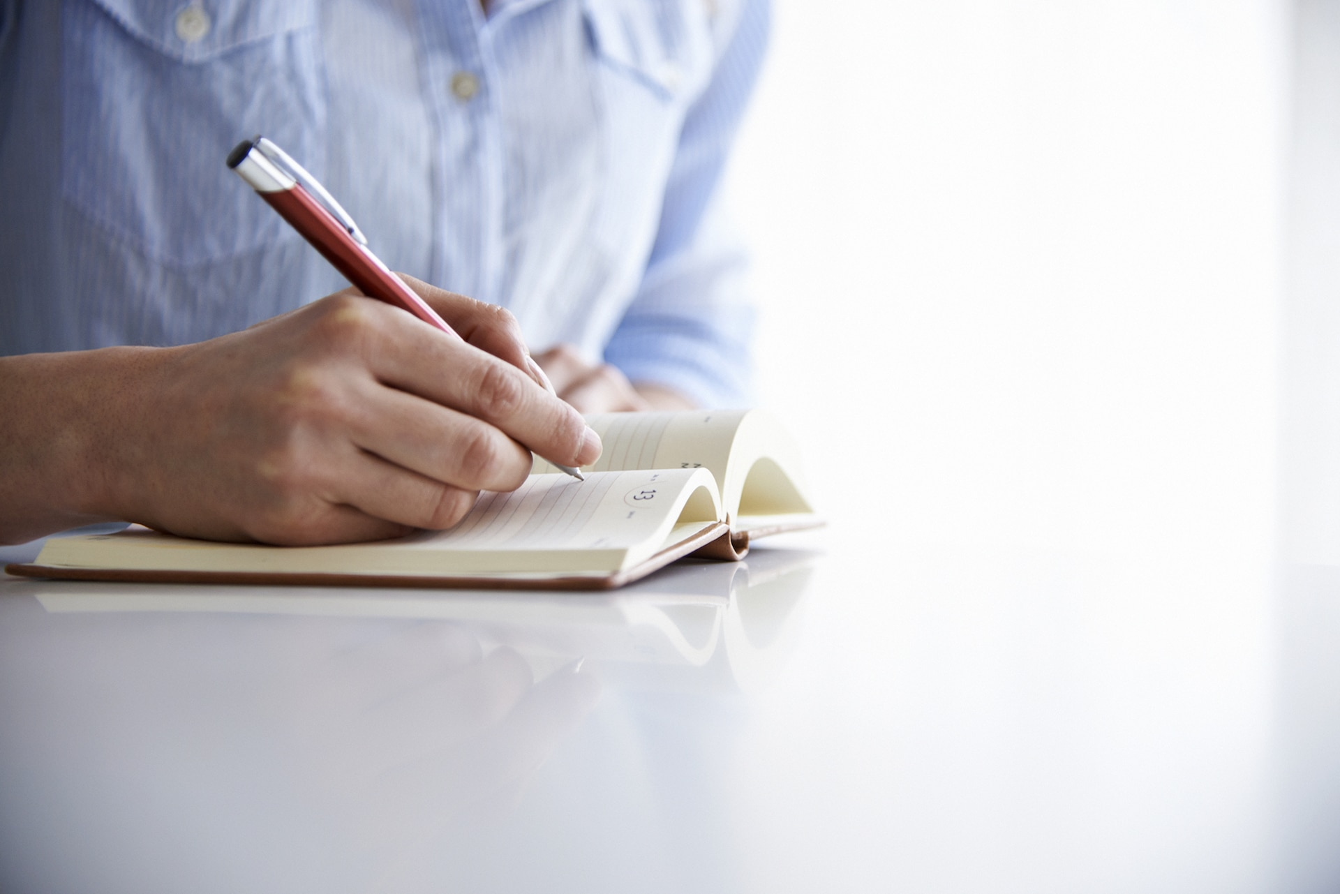 The 7 Benefits of Keeping a Daily Journal