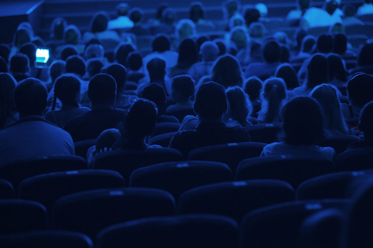 5 People to Consider for Your Blog Audience