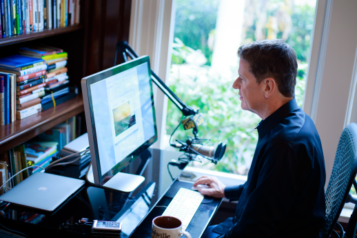 Michael Hyatt Working at His Desk